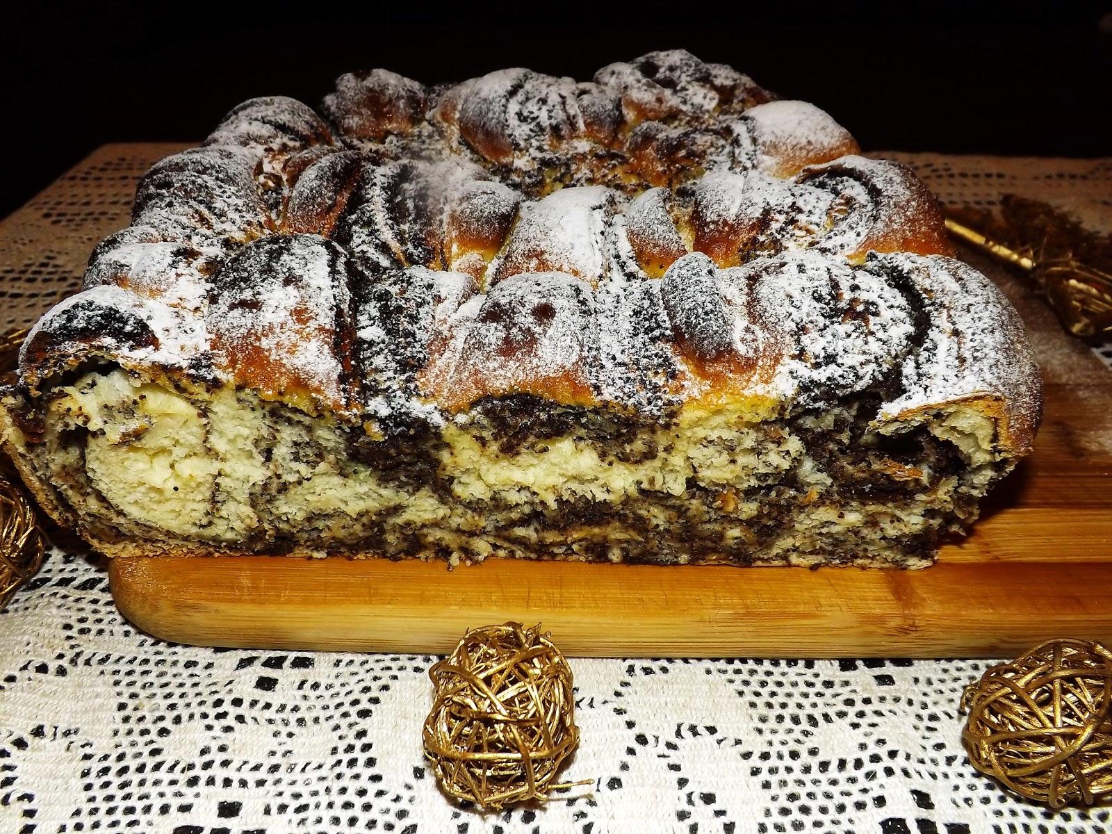 Świąteczne ciasto z makiem