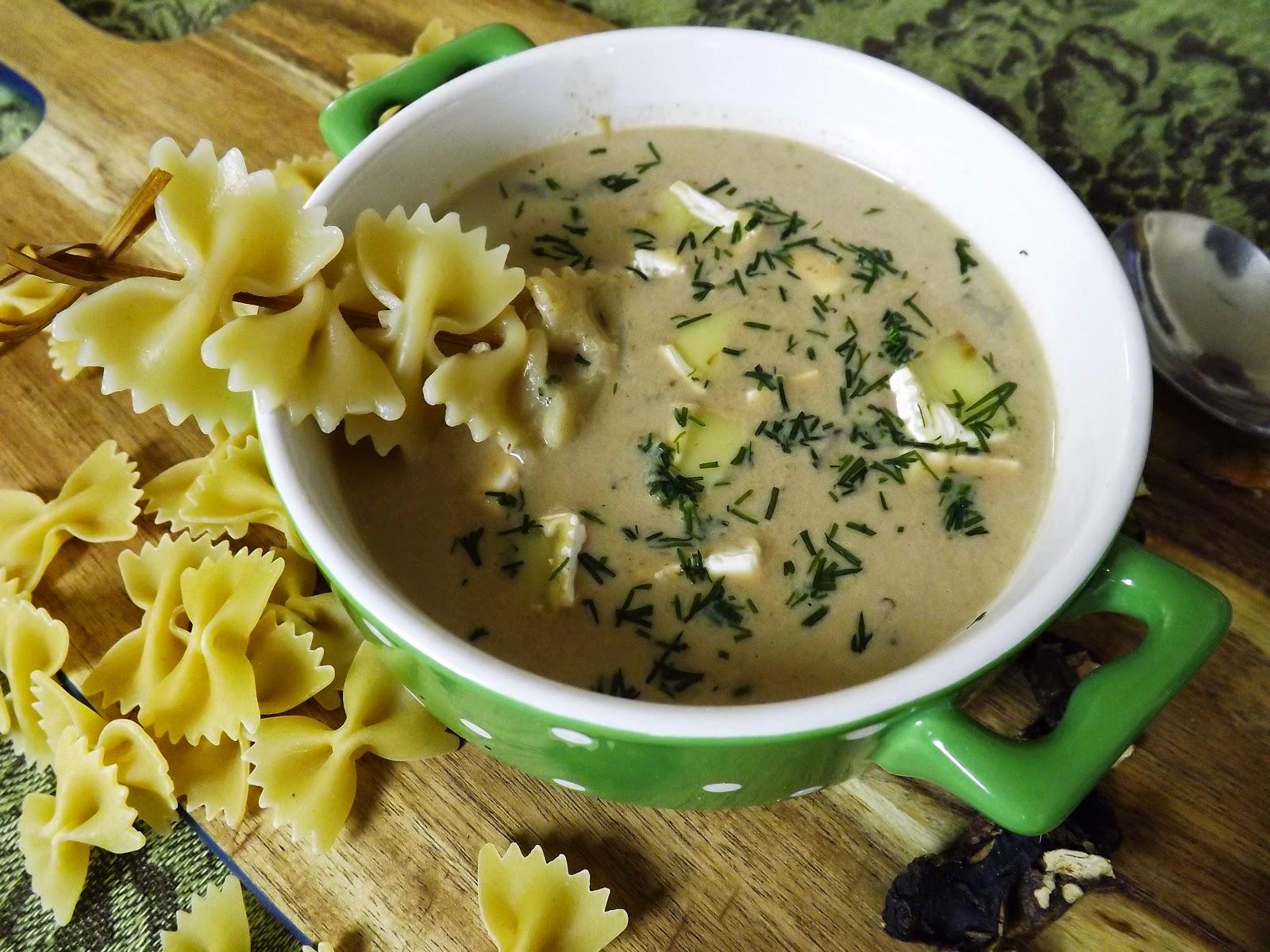 Zupa grzybowa z puree z kalafiora