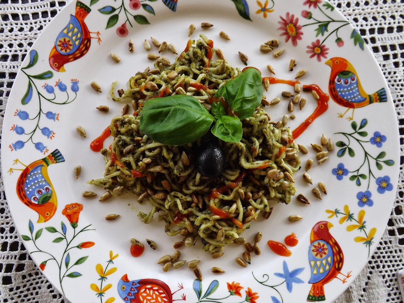 Makaron z oliwkową tapenadą