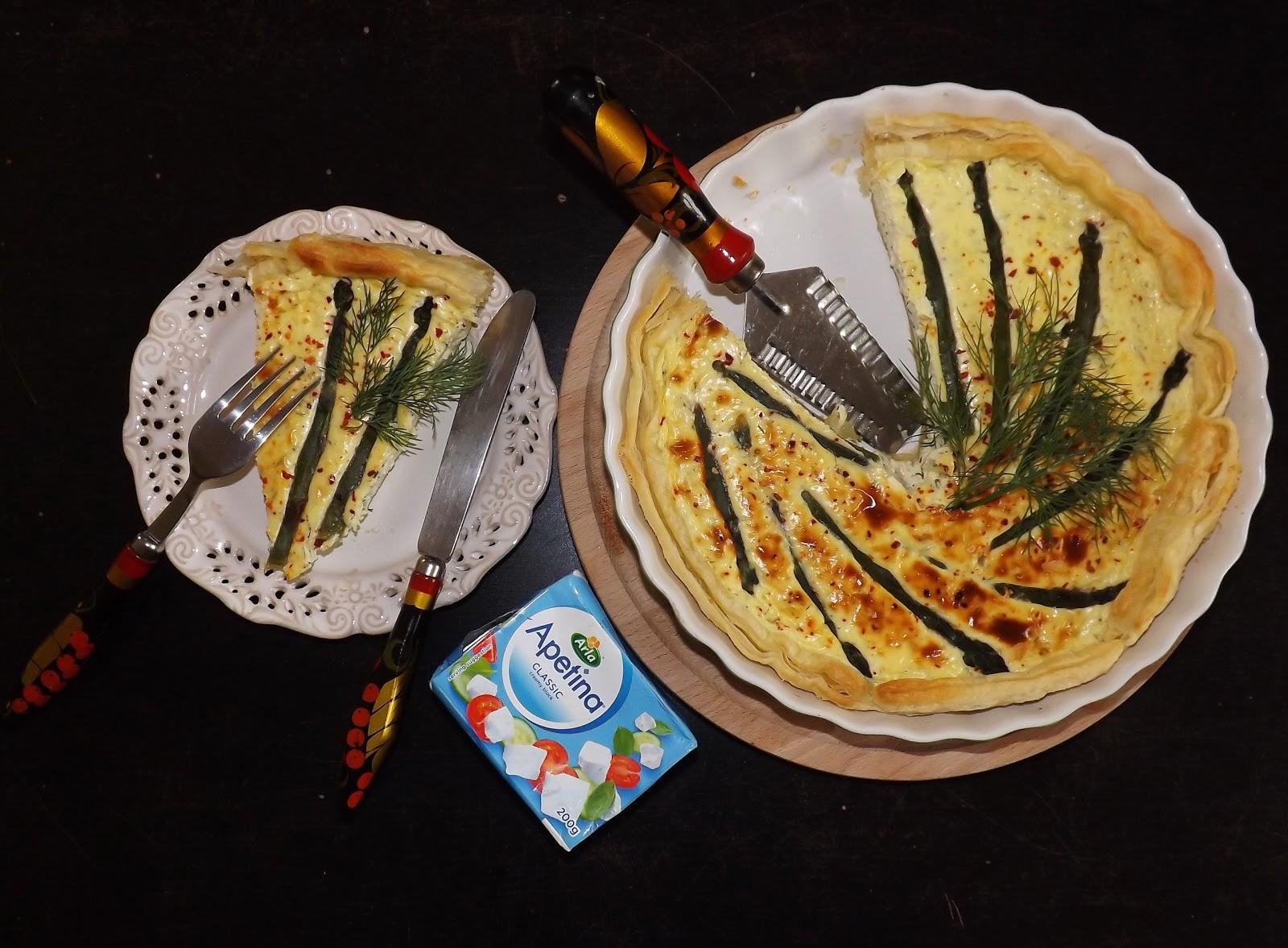 Tarta kremowa ze szparagami na cieście francuskim