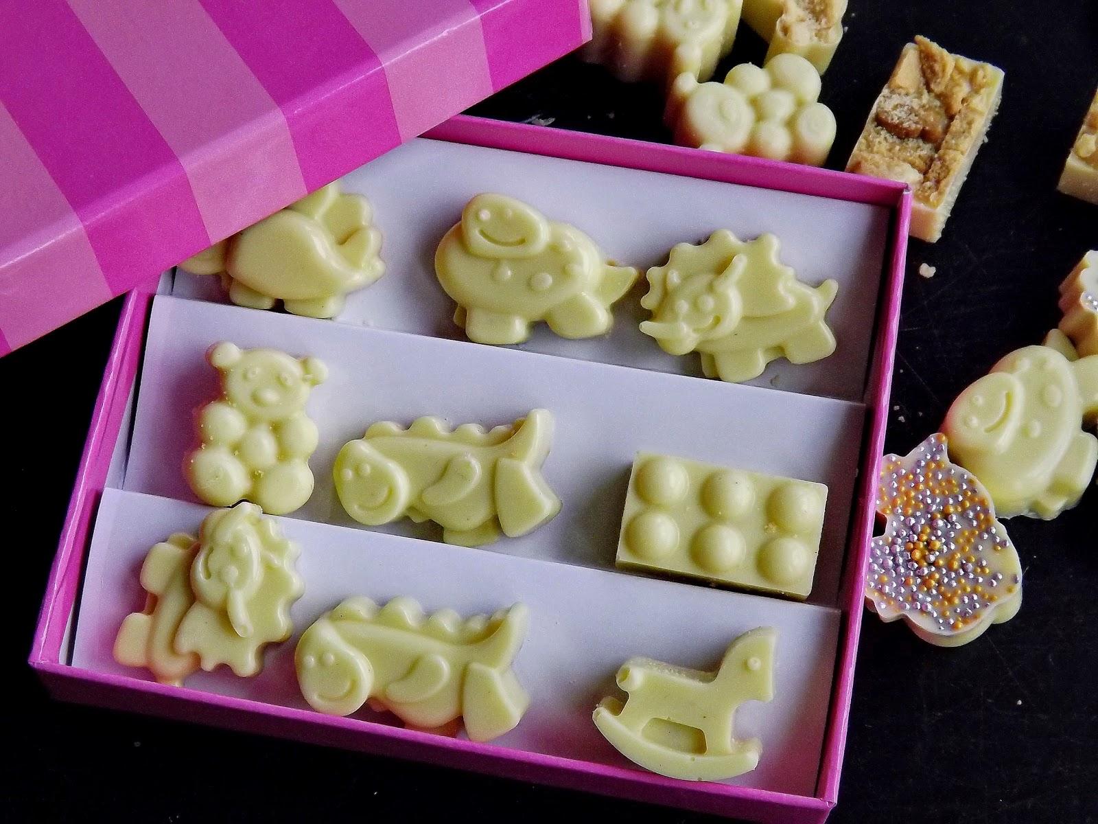Czekoladki z perełkami lub ciasteczkami