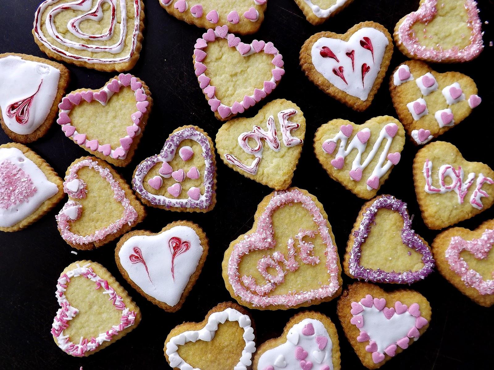 Walentynki – serduszkowe ciasteczka