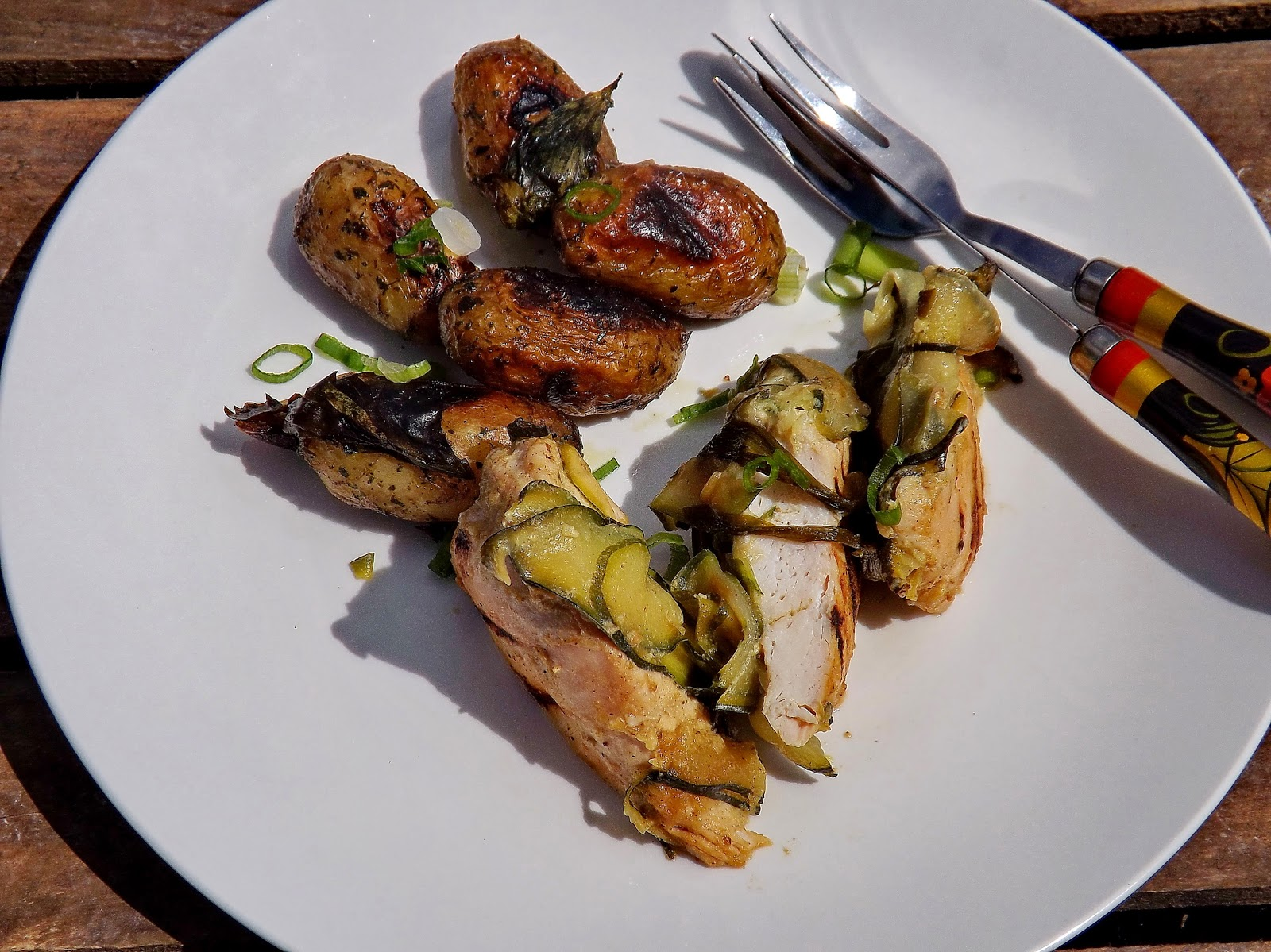 Grillowany kurczak z cukinią i ziemniakami