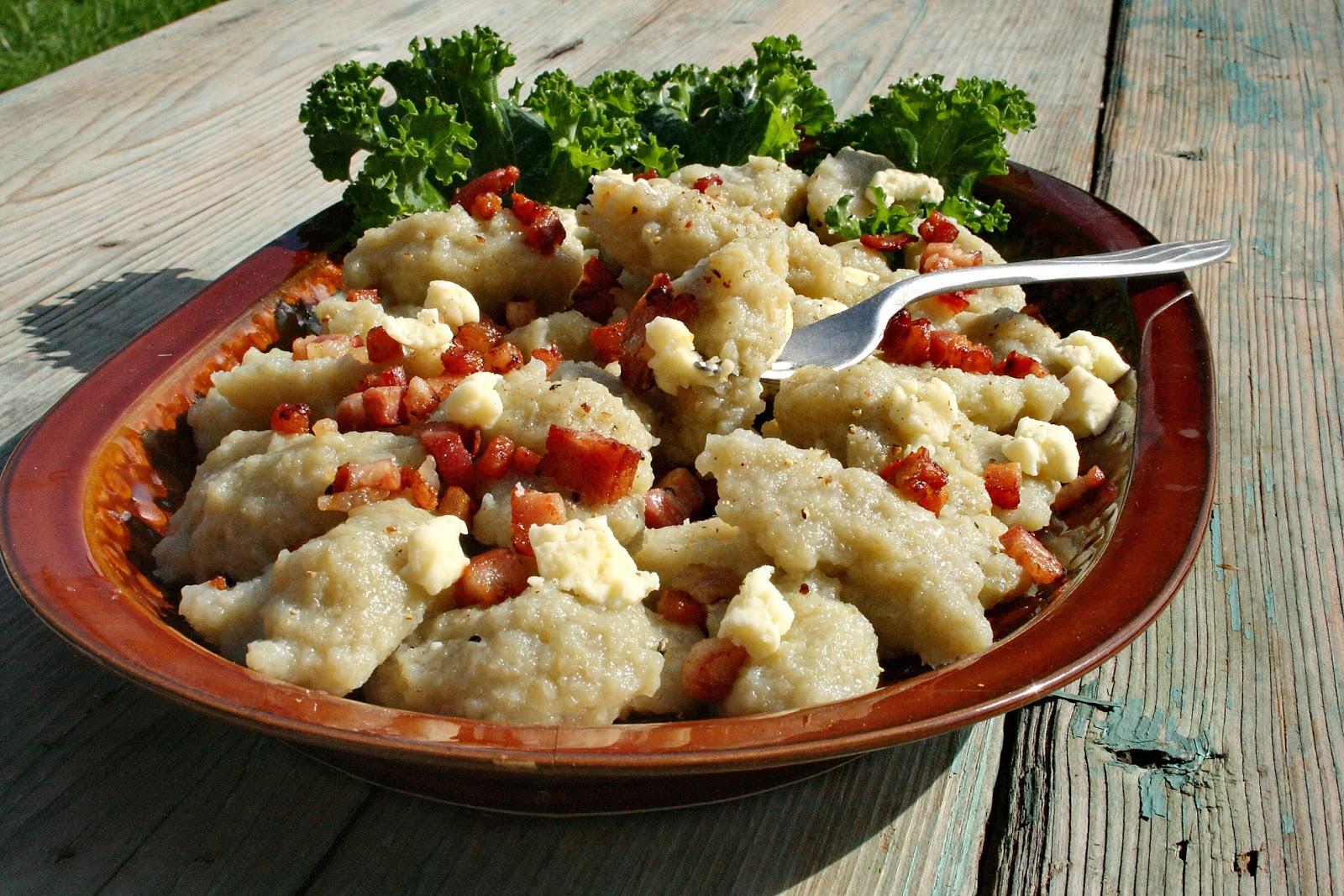 Halyszki ziemniaczane (kartoplani haluszki) – kuchnia regionalna