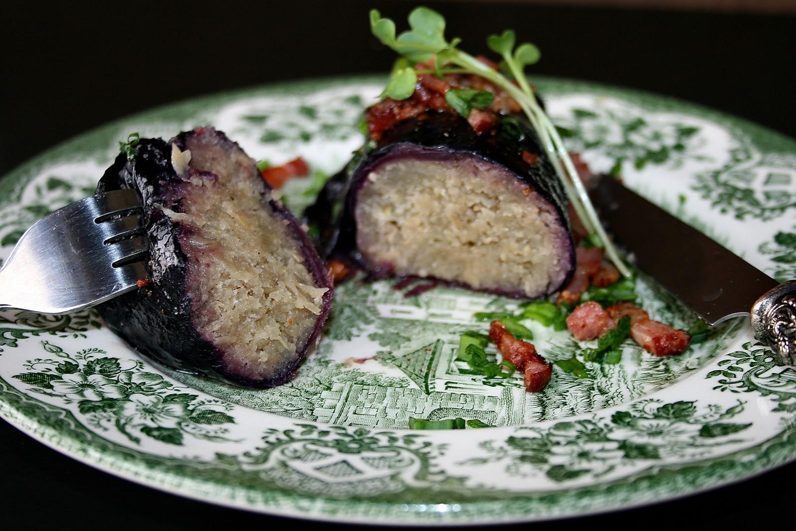 Czerwone gołąbki z ziemniakami o nucie chili