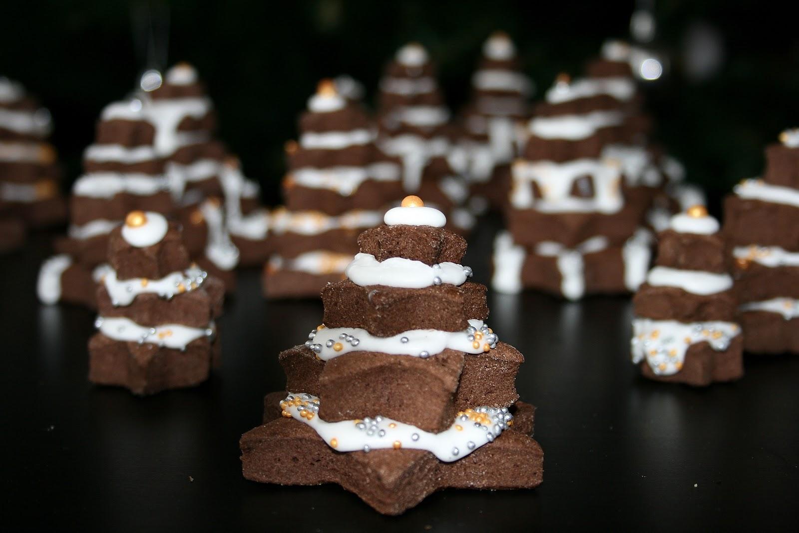 Ciasteczka kakaowe lukrowane – choinki