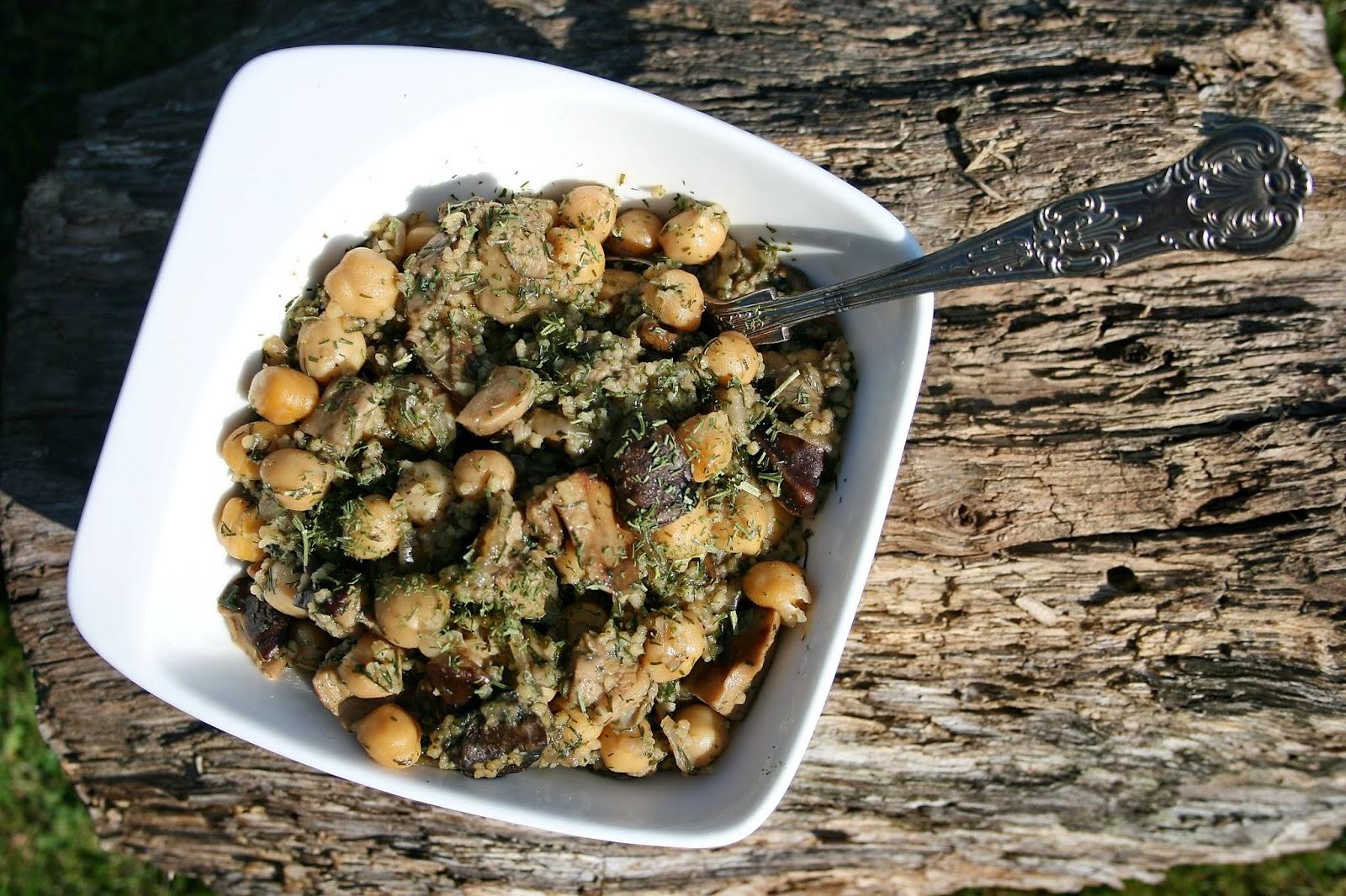 Prawdziwkowa ciecierzyca (grzyby leśne, prawdziwki z cieciorką) – danie jednogarnkowe