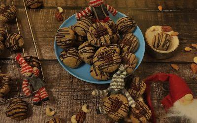 Ciastka orzechowo migdałowe o smaku pierników