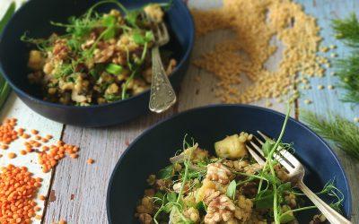 Wegański kuskus z soczewicą czerwoną i warzywami z woka